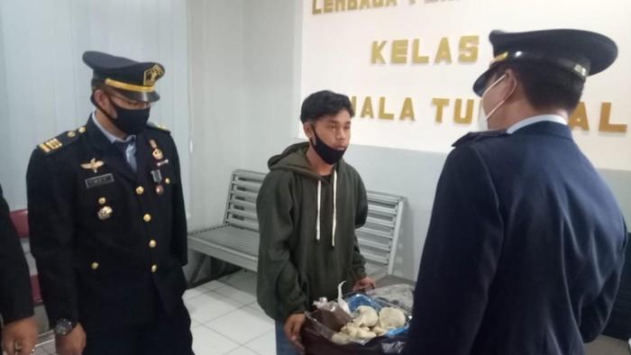 Penyelundupan sabu di dalam pempek kapal selam ke Lapas Kuala Tungkal di Jambi digagalkan (dok Ditjen Pas)