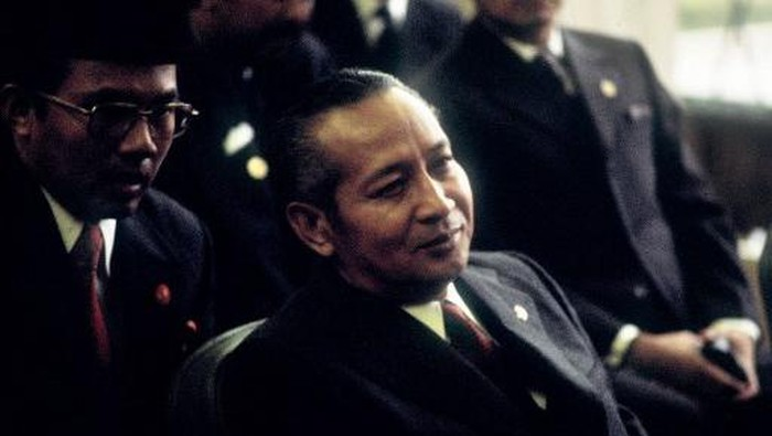 Portrait dated 1970s of Indonesian President Mohamed Suharto. (Photo by - / AFP)
