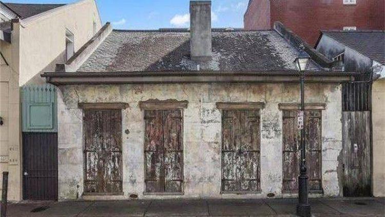 6 Potret Rumah Kumuh dan Usang, Interior Mewah Dalamnya Bikin Speechless