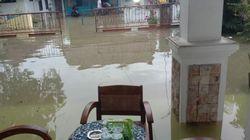 Sungai Cikaso Meluap Banjiri Permukiman Warga di Ciamis