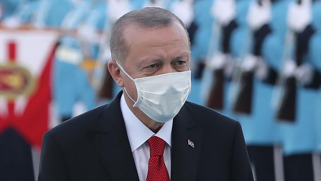 Kecam Karikatur Charlie Hebdo yang Hina Dirinya, Erdogan: Menjijikkan!