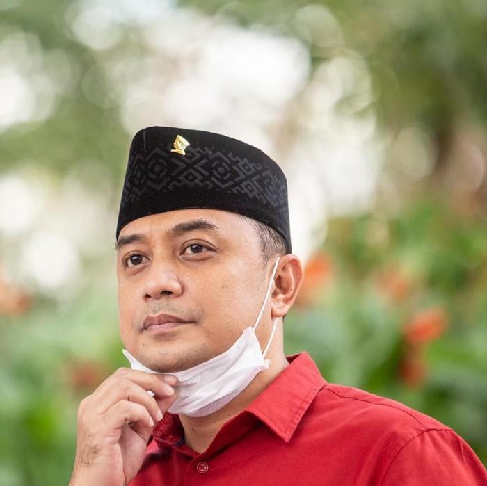 Hari Sumpah Pemuda memberi energi positif bagi Calon Wali Kota Surabaya Eri Cahyadi. PDIP Surabaya menilai, Eri merupakan figur muda yang terampil dan menguasai masalah Kota Pahlawan.