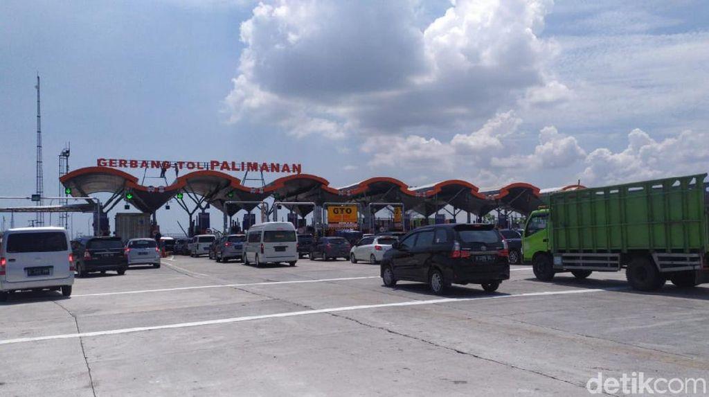 Hari Ini Diprediksi Puncak Arus Libur Cuti Bersama di Tol Cipali
