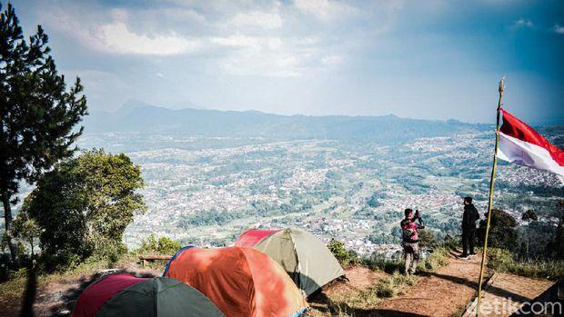 Gunung Putri di Lembang, Jabar pas untuk liburan cuti bersama
