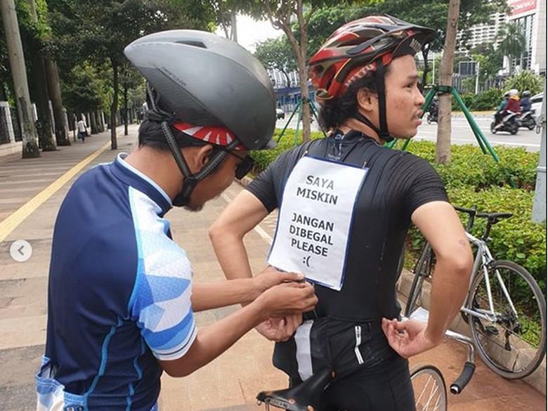 Lucu, 'Ngaku' Miskin Supaya Enggak Jadi Sasaran Begal Sepeda