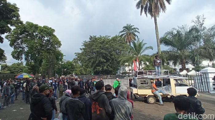 Kelompok Sunda Gaungkan Jaga Bandung