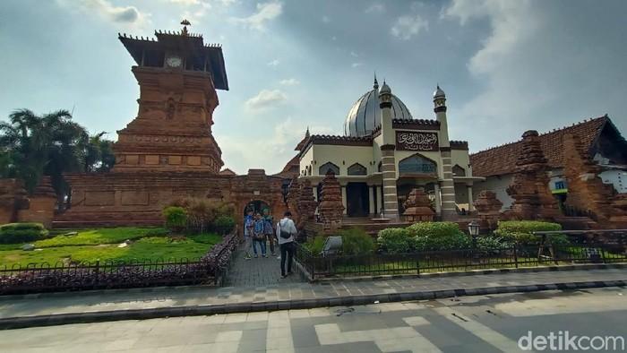 Kompleks Menara Kudus, Rabu (28/10/2020).