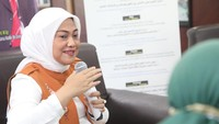Respons Menaker ke Ganjar yang Tetap Naikkan UMP Jateng