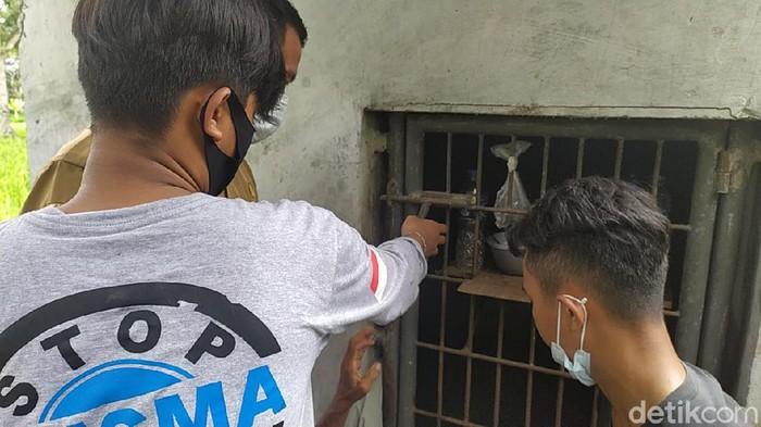 Milenial bebas pasung Cianjur bebaskan dua ODGJ pasung di Kecamatan Haurwangi dan Karangtengah Kabupaten Cianjur.