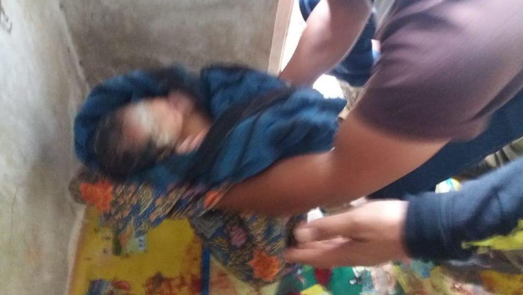 Warga Garut Digegerkan Penemuan Bayi di Pos Polisi