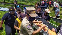 Diduga Akan Bunuh Diri, Perempuan Asal Depok Panjat Tower SUTET di Bogor