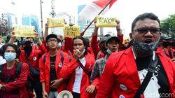 Video Massa Tolak Omnibus Law Ultimatum Jokowi-Maruf Amin