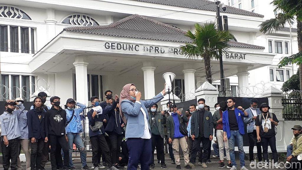 Hari Sumpah Pemuda, Mahasiswa Bandung Minta Omnibus Law Dibatalkan