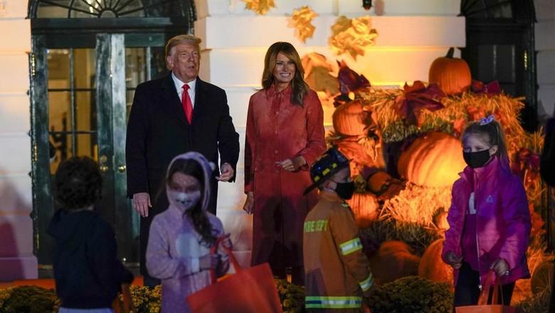 Sembuh dari Corona, Donald Trump Rayakan Halloween Bareng Anak-anak