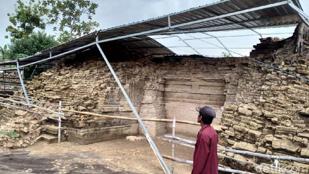 Sempat Roboh Diterjang Angin, Atap Pelindung Situs Candi Patakan Diperbaiki