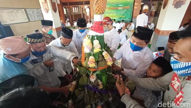 Ampyang Maulid di Kudus, Kamis (29/10/2020).