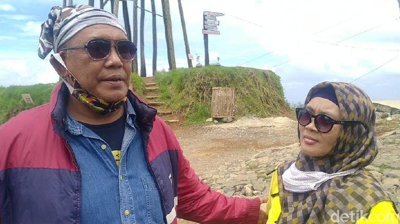 Potret Jalan Atas Awan Sigemplong Batang saat cuti bersama Oktober 2020.