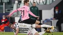 Barcelona Beri Tiga Cambukan untuk Juventus