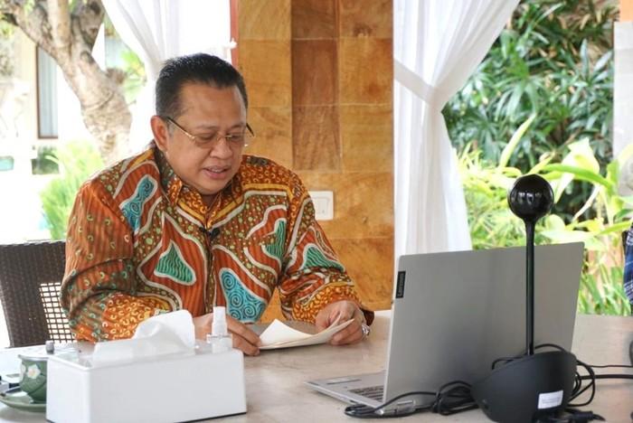 Ketua MPR RI Bambang Soesatyo bersama staff khusus Ketua MPR RI Andi Sinulingga, meresmikan desa wisata Pancasila di Desa Ketambe, Kutacane, Aceh Tenggara