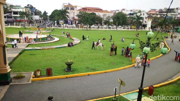 Suasana Medan, Kamis (29/10).