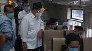 Libur Cuti Bersama, Menhub Cek Protokol Kesehatan di Stasiun Senen