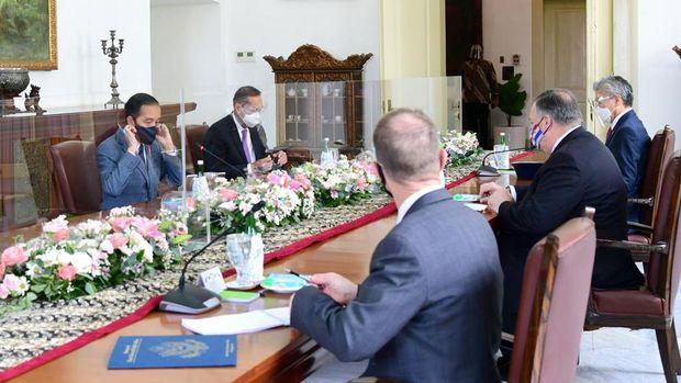 Presiden Joko Widodo bertemu Menteri Luar Negeri Amerika Serikat Mike Pompeo (Biro Pers Sekretariat Presiden/Muchlis Jr)