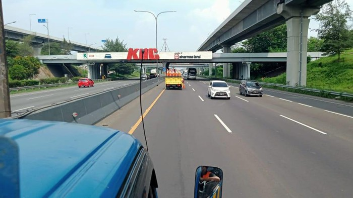 Ruas Tol Jakarta-Cikampek lancar pada Kamis, 29 Oktober 2020 sore
