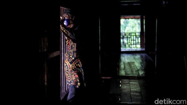 Rumah Si Pitung pun menjadi salah satu objek wisata yang cukup populer di kawasan utara Jakarta. Tak heran, sejumlah pengunjung mendatangi kawasan wisata itu saat liburan. Menurut keterangan petugas saat libur panjang pada hari ini, sebanyak 200 pengunjung telah datang ke Rumah Pitung. Ramainya Rumah Pitung ini dikarenakan tempat ini dijadikan sebagai destinasi wisata alternatif yang murah bagi warga sekitar.