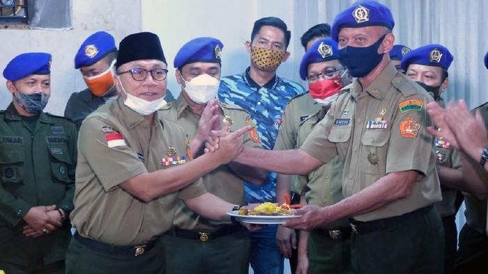 Ikatan Alumni Resimen Mahasiswa Indonesia (IARMI) gelar peringatan HUT ke-40. Acara ini dipimpin Ketua Umum DPN IARMI Zulkifli Hasan.