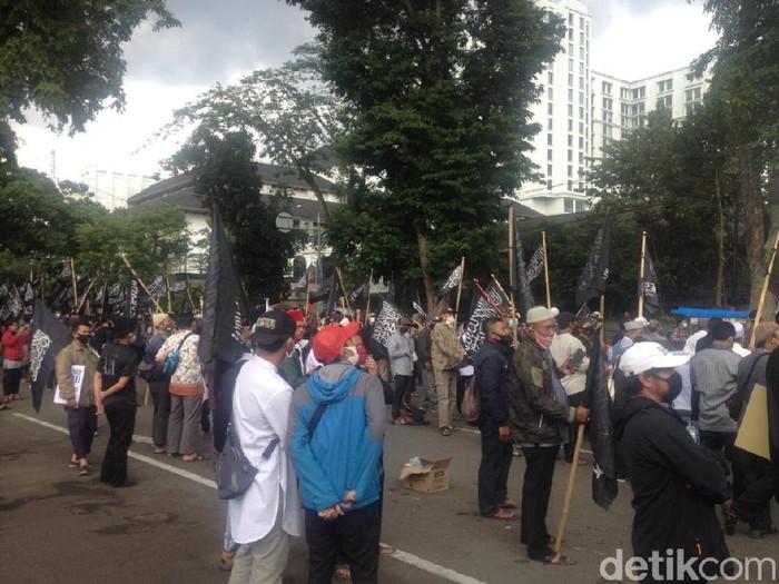 Demo boikot prancis di bandung