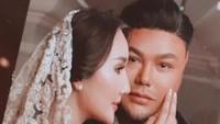 Disinggung soal Kabar Pernikahan, Ivan Gunawan Langsung Pamer Cincin Kawin