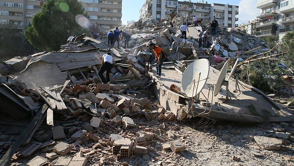 Korban Gempa M 7 di Turki Tewaskan 22 Orang, 800 Terluka