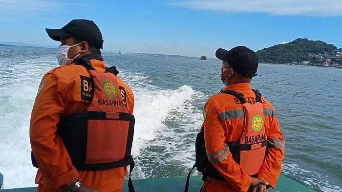 Kapal Nelayan Terbalik di Teluk Balikpapan, 2 Orang Hilang (Foto: dok. Istimewa)