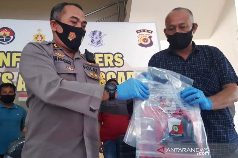 Kapolres Aceh Tenggara, Aceh, AKBP Wanito Eko Sulistyo memberikan keterangan pers terkait kasus penyerangan seorang ustaz. Seorang terduga pelaku berinisial MA (37) warga kabupaten setempat diamankan polisi. (ANTARA/HO)