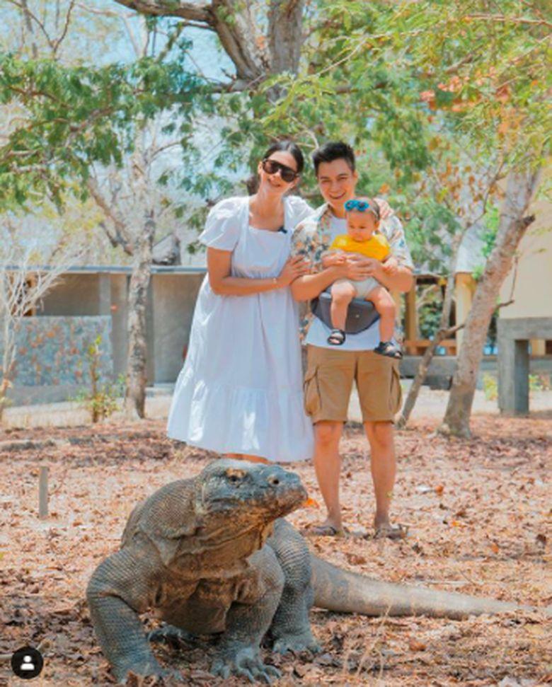 Paula Verhoeven Hamil Anak Kedua, Sosoknya Menawan Saat Kulineran