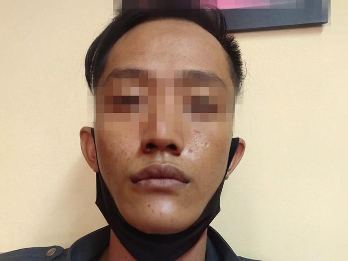 Pelaku pencurian yang menusuk korban di Tambora, Jakarta Barat ditangkap polisi.