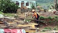 Duka Marsih yang Rumahnya Hancur Disapu Puting Beliung di Sukabumi
