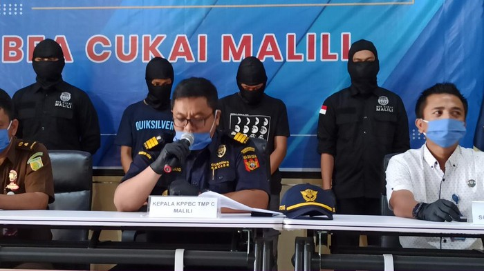 Bea Cukai Luwu Timur Ungkap Penyelundupan 446 Gram Ganja
