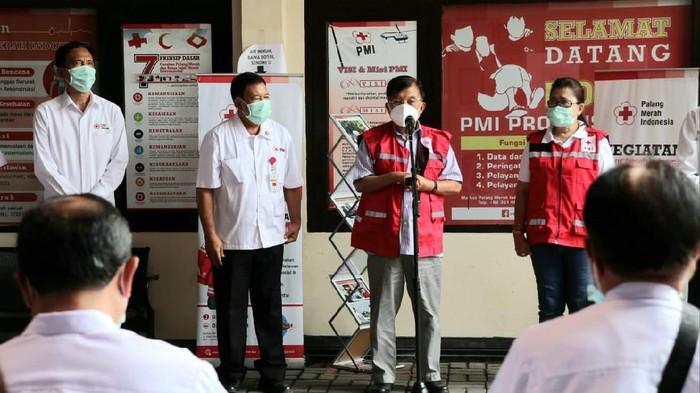 Ketua Umum Palang Merah Indonesia (PMI) Jusuf Kalla di Denpasar (dok PMI Bali)