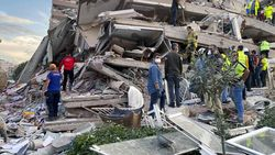 Di Tengah Ketegangan, Prancis Tawarkan Bantuan ke Turki Usai Gempa
