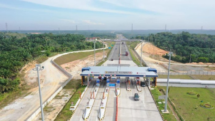 Pembangunan Tol Trans Sumatera terus berlangsung. Tol ini dibangun dari Lampung hingga Aceh
