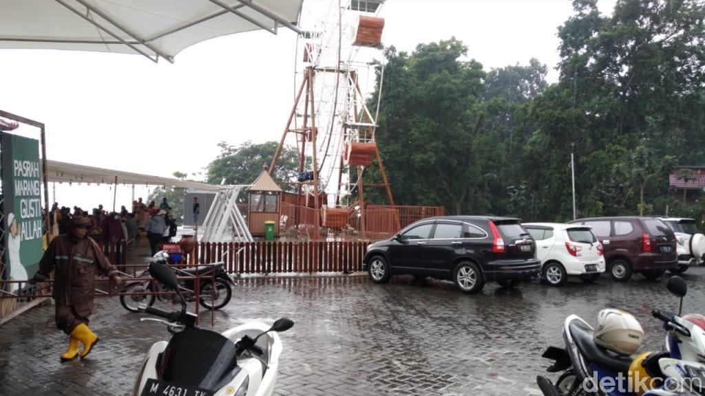 Tempat Wisata di Pasuruan Hujan Saat Long Weekend, Pengunjung Tetap ramai