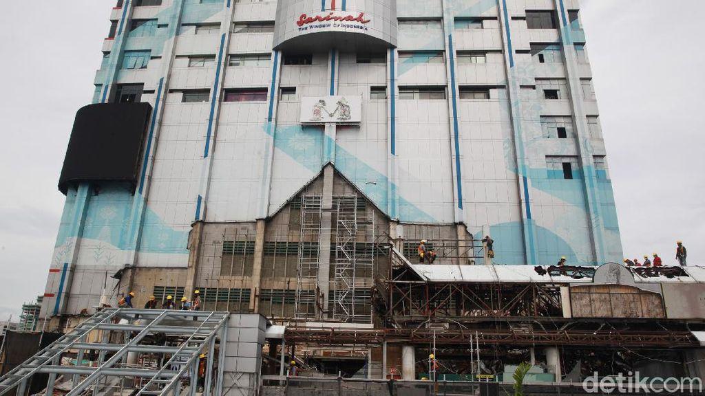 Progres Pemugaran Mal Pertama di Indonesia