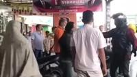 Keroyok Prajurit TNI, 2 Anggota Klub Harley Ditahan di Polres Bukittinggi