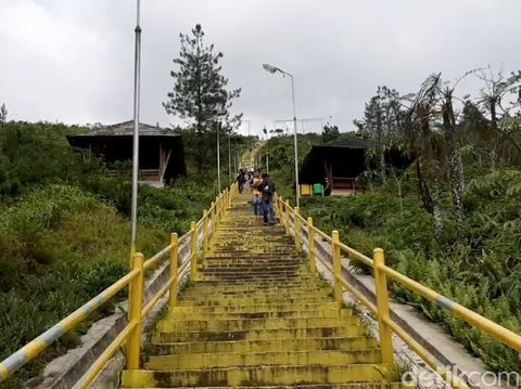 Wisata di Kawah Gunung Galunggung