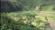 Serunya Menjelajahi Kawah Gunung Galunggung saat Libur Panjang