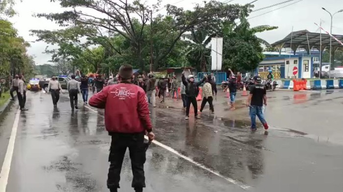 Dua kelompok ormas terlibat bentrok di Kota Sukabumi