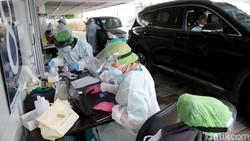 Upaya mengatasi penyebaran virus Corona terus dilakukan di berbagai wilayah di Indonesia. Sejumlah bantuan pun diberikan guna mempercepat penanganan COVID-19.