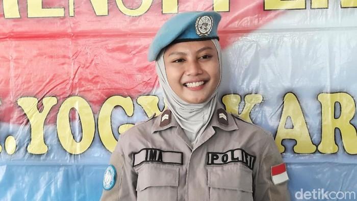 Briptu Hikma Nur Syafa di Mapolda DIY, Senin (2/11/2020).