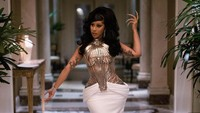 Si Ratu Rambut Palsu, Cardi B Tampil Ekstra Pakai 6 Wig Sekaligus